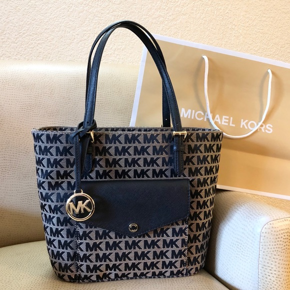 Michael Kors Handbags - $258 Michael Kors Jet Set Handbag MK Purse Bag